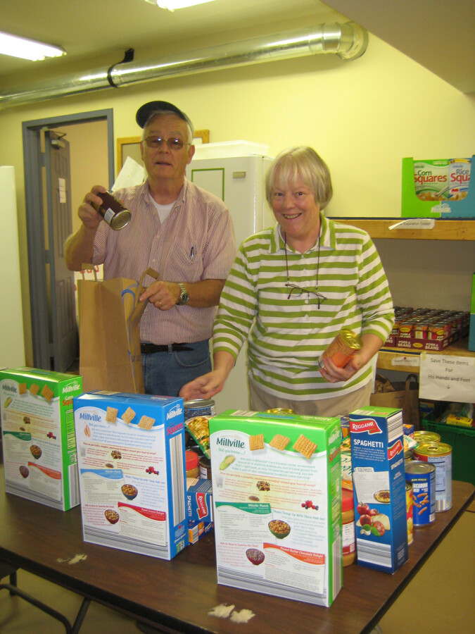 2014-10-04 Food Pantry - Community Kitchen 004