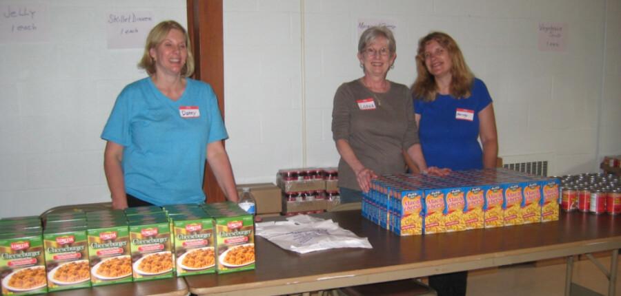 2015 Food Giveaway 09