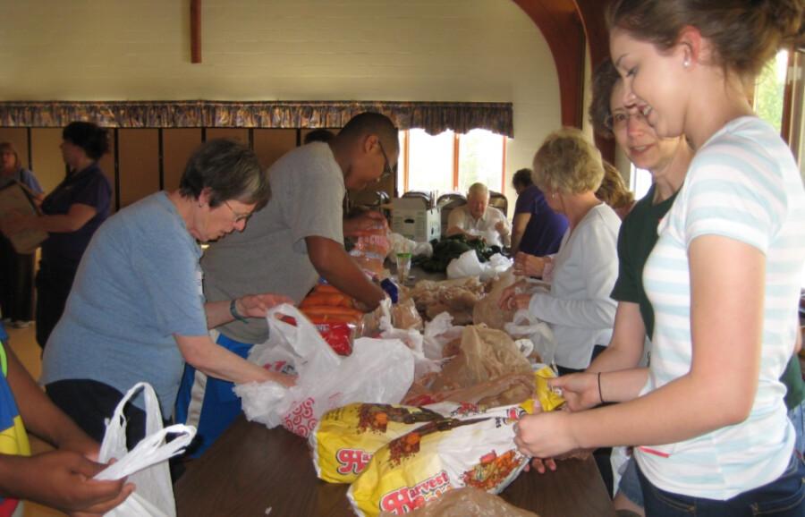 2015 Food Giveaway 01